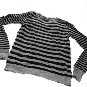 🖤 Express Sweater EUC Sz M